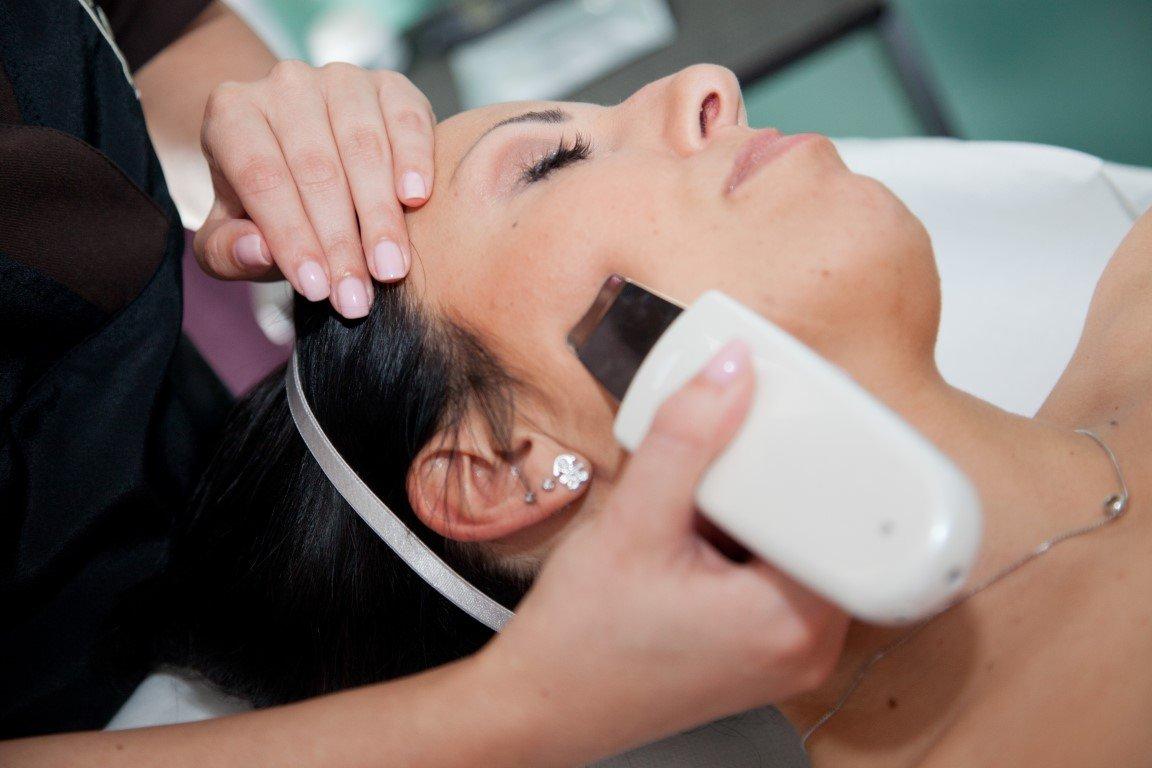 marilyn estetica Pulizia viso con ultrasuoni